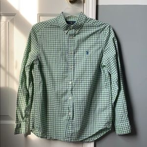 casual button down shirt !